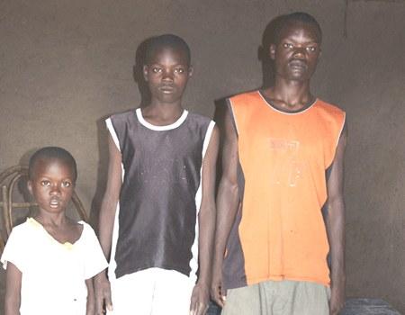 Ein Dorf kümmert sich um seine Kinder in Westkenia