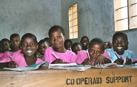 COLE Bildungsprojekt, Zombo, Uganda