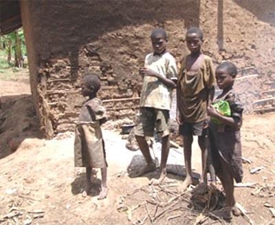 Kinderhaushalte: wenn Kinder auf sich alleine gestellt überleben müssen