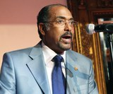 UNAIDS chief Michel Sidibe offers to quit in June after report on 'defective leadership'
