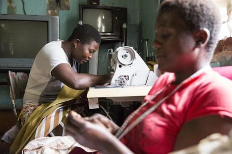 Juin 2015 - Thème du mois: Jeunes, démunis et positifs au VIH: un compte-rendu du Zimbabwe